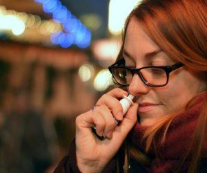 afhængig af næsespray